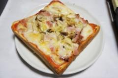 川島けん 公式ブログ/夜中にこんな物食べてしまった。 画像1