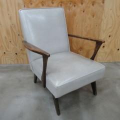 新人 公式ブログ/ビフォアフター 家具再生 白いソファーの 巻 3 画像1