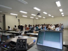 新人 公式ブログ/禁断の女子大学侵入リポート 画像3