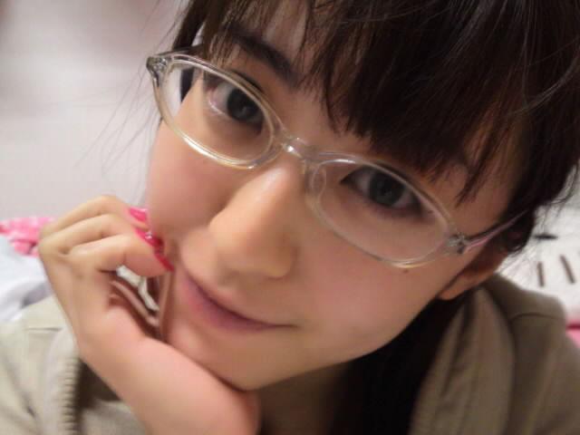 メガネをかけた黒田有彩さん