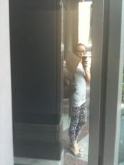 麻井美李 公式ブログ/電車でめっちゃ見てくる外国人さんがいたんですょ 画像1