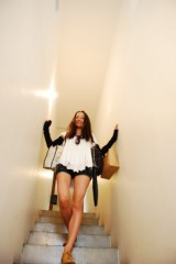 麻井美李 公式ブログ/山越え谷越えどこへ行くー♪ 画像1