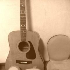 菱沼美波 公式ブログ/古いギター(^^) 画像1
