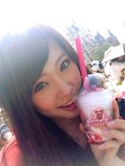 秋山那留実 プライベート画像/5日☆ディズニーお写真 パレード待ちにて☆♪
