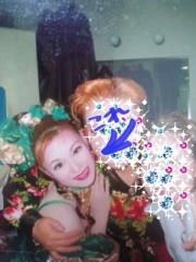 綾乃(かぐや) 公式ブログ/見ちゃうよね〜( よう子) 画像2