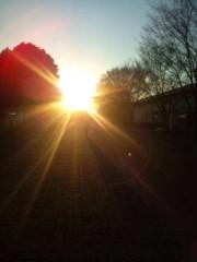 鈴木ふみ奈 公式ブログ/夕日に向かって 画像1