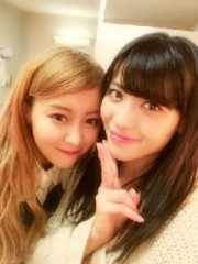℃-ute 公式ブログ/チラチラ〜(o^^o) 画像1