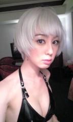 秋山莉奈 公式ブログ/金髪×水着 画像2