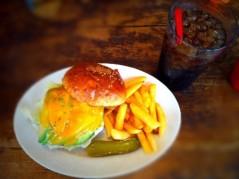 秋山莉奈 公式ブログ/ハンバーガー♪ 画像1