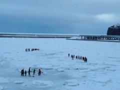 にゃんこ 公式ブログ/流氷が宿のすぐ前で 画像1