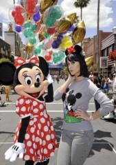 ケイティ・ペリー プライベート画像/@DisneyWorld 2009April minnie_02