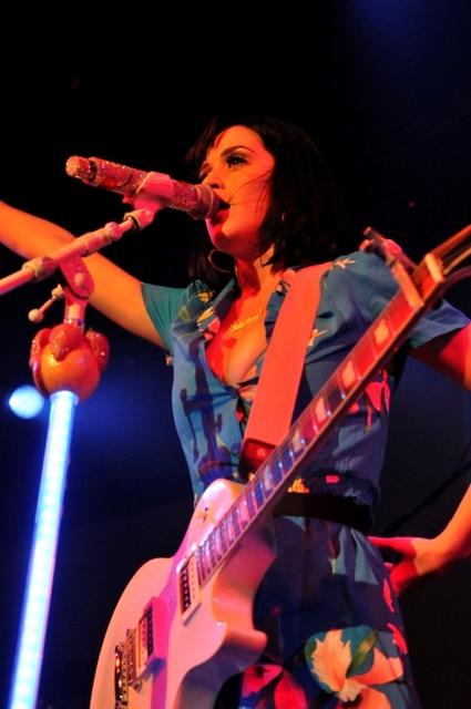 Katy_Live01