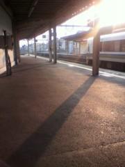 戸田彬弘 公式ブログ/電車を待ちながら 画像1