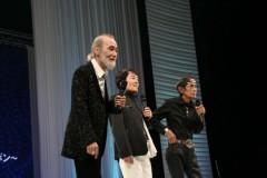 し〜ちゃん 公式ブログ/�ーC【歌謡祭】ジワジワと…御報告☆更新しなくっちゃ〜♪ 画像1
