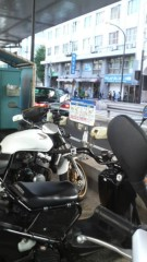 しのへけい子 公式ブログ/六本木のバイク駐輪場 画像1