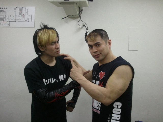 Taka (ONE OK ROCKのメンバー)の画像 p1_10