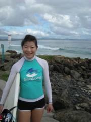 川崎りえ プライベート画像/こんな私ですけどよろしく♪ バイロンベイでのサーフィン