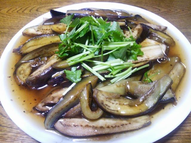 今日のお夕飯は、茄子のオリジナル料理と味