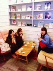 伊倉愛美 プライベート画像 カフェでのんびり♪