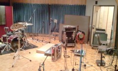 Prague 公式ブログ/7/4(月)18:30〜Prague-Stream「裏側も全て見せますPragueスタジオライブ」配信! 画像1
