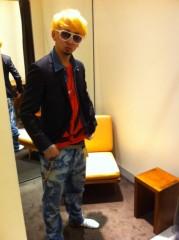 カリスマカンタロー 公式ブログ/カリスマ、スーツを新調 画像1
