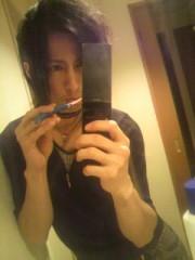金子トモ 公式ブログ/泪流すその瞳の奥には… 画像1