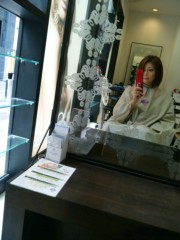 岡元あつこ 公式ブログ/カラーリング中 画像1