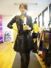石坂優子 公式ブログ/ぶらっくなおんな 画像1