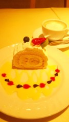 串田えみ プライベート画像 巻きバナナ