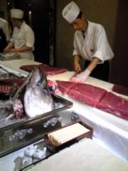 大友典子 公式ブログ/マグロの解体ショー 画像3