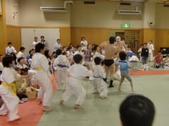 アントニオ小猪木 公式ブログ/子供たち一斉乱入! 画像1