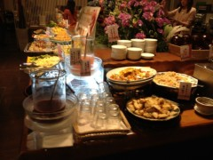 アントニオ小猪木 公式ブログ/横浜で食事会 画像1