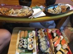 アントニオ小猪木 公式ブログ/家族で寿司パーティー! 画像1