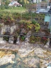 アントニオ小猪木 公式ブログ/下は浅瀬の岩場 画像1
