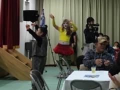 アントニオ小猪木 公式ブログ/頭に一升瓶乗せて踊る! 画像1