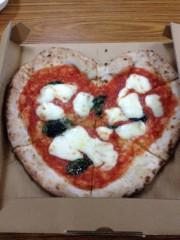 アントニオ小猪木 公式ブログ/ハートのピザ 画像1