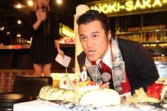 アントニオ小猪木 公式ブログ/ケーキに一吹き 画像1