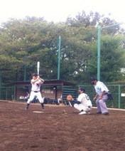 アントニオ小猪木 公式ブログ/寝不足早朝草野球 画像1
