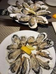 アントニオ小猪木 公式ブログ/二日連続で生牡蠣! 画像1