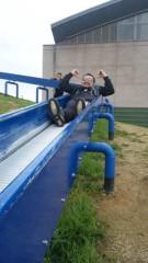 アントニオ小猪木 公式ブログ/滑り台とサングラス 画像1