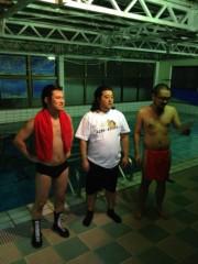 アントニオ小猪木 公式ブログ/空中の次は水中!? 画像1