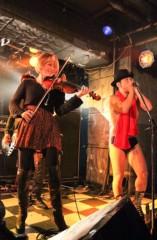 アントニオ小猪木 公式ブログ/バイオリンとハーモニカで 画像1