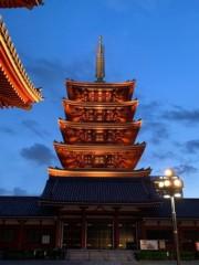 アントニオ小猪木 公式ブログ/夕暮れと夜の間の浅草五重の塔! 画像1