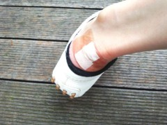 川村綾 公式ブログ/靴擦れが〜 画像2