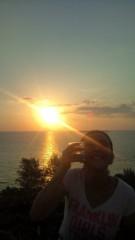 岡本夏生 公式ブログ/メリークリスマスと沖縄の日の出とお水の巻 画像3