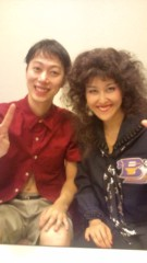 岡本夏生 公式ブログ/『ピラメキーノ』ではんにゃさんと…パチリと 画像2