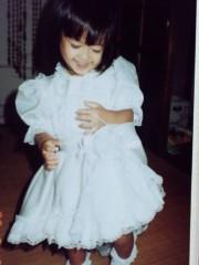 フェアリーズ 公式ブログ/井上理香子「小さい頃なのかりかこどーしたHAHAHA短くてごめんなさい」 画像1