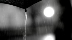 沖津賢一郎 プライベート画像/雨の写真 傘からの滝