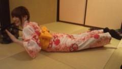 おかもとまり 公式ブログ/和室で浴衣で 画像2