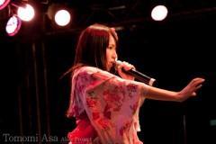 麻 友美 公式ブログ/ライブ中 画像1